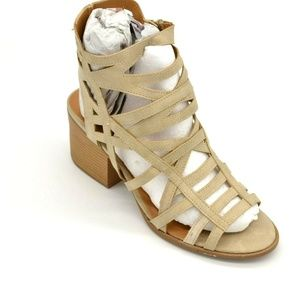 Qupid Core-140 Stone Core Gladiator Sandal 9 New